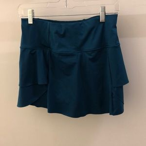 Athleta green skirt, sz xs, 68138